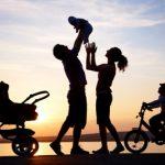 Члены семьи и другие люди